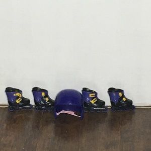 American Girl Accessories - American Girl roller skates & helmet. Super cute